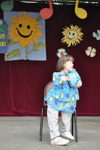 Miniatura zdjęcia: 5.07.2012r._cd.- XX Jubileuszowe Prezentacje Wokalne Dzieci i Młodzieży Specjalnej Troski_DSC_0537.J