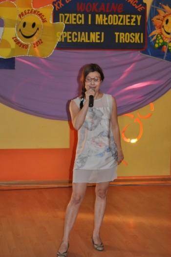 Miniatura zdjęcia: 4.07.2012r._cd2.- XX Jubileuszowe Prezentacje Wokalne Dzieci i Młodzieży Specjalnej Troski_05.07.201