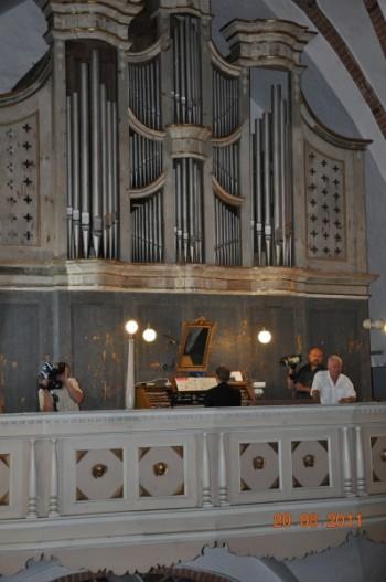 Miniatura zdjęcia: 21.08.2011r. Festiwal organowy_Obraz025.jpg