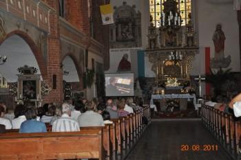 Miniatura zdjęcia: 21.08.2011r. Festiwal organowy_Obraz037.jpg