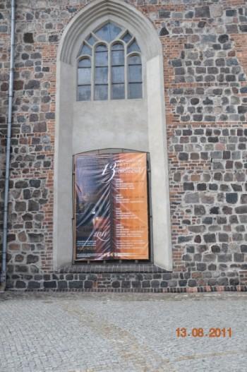 Miniatura zdjęcia: 14.08.2011 XIII MIĘDZYNARODOWY FESTIWAL MUZYKI KAMERALNEJ I ORGANOWEJ – LUBSKO 2011 _Obraz002.