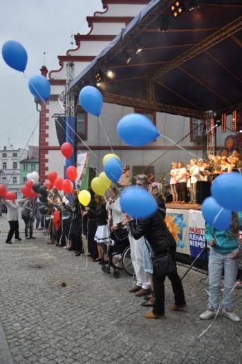 Miniatura zdjęcia: 01.07.2011r.Dzieci Europy- Europakinder KONCERT GALOWY (dzień 4)_fest2171.jpg