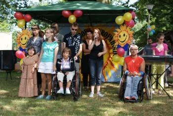 Miniatura zdjęcia: 01.07.2010r. Dziecu Europy- z wizytą w DPS [fot.I.Kulczyk]_DSC04898.JPG