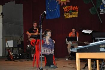 """Miniatura zdjęcia: 30.06-1.07.2010 Próby """"Dzieci Europy""""z zespołem muzycznym[fot.M.Kościk]_Obraz002.jpg"""