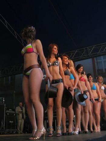 Miniatura zdjęcia: IV Wybory Miss Lubska 2010_IMG_8047.JPG