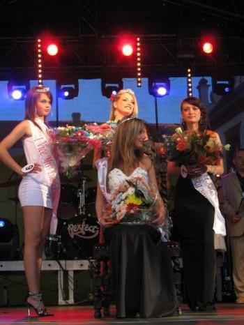 Miniatura zdjęcia: IV Wybory Miss Lubska 2010_IMG_8192.JPG