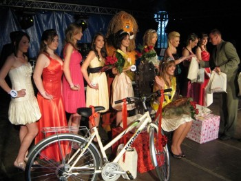 Miniatura zdjęcia: Wybory Miss Lubska 31.05.09_Obraz173.jpg