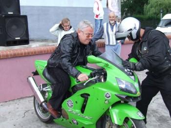 Miniatura zdjęcia: 28.05.2009r. Piknik z Klubem Motocyklowym Boxer,pokazy tańca na wózkach [foto:M.Kościk]_DSCF6819.JPG