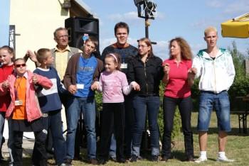 """Miniatura zdjęcia: 27.05.2009r. Biesiada w Rodzinnym Ogródku Działkowym """"Jutrzenka""""[foto:I.Kulczyk]_DSC09567.JPG"""