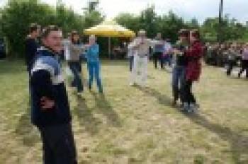 """Miniatura zdjęcia: 27.05.2009r. Biesiada w Rodzinnym Ogródku Działkowym """"Jutrzenka""""[foto:I.Kulczyk]_DSC09647.JPG"""