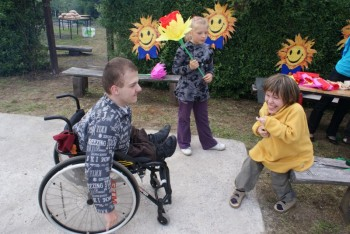 """Miniatura zdjęcia: 27.05.2009r. Biesiada w Rodzinnym Ogródku Działkowym """"Jutrzenka""""[foto:I.Kulczyk]_DSC09666.JPG"""