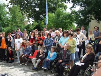 Miniatura zdjęcia: 05.07.08 Pożeganie uczestników festiwalu Dzieci Europy-Europakinder_pozegnanie083.JPG