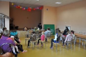 Miniatura zdjęcia: 22.04.2015 Teatr lalek. Zajęcia z instruktorem LDK- Grabków_obraz2002.jpg