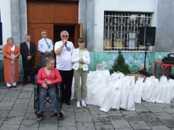 Miniatura zdjęcia: 05.07.08 Pożeganie uczestników festiwalu Dzieci Europy-Europakinder_pozegnanie084.JPG