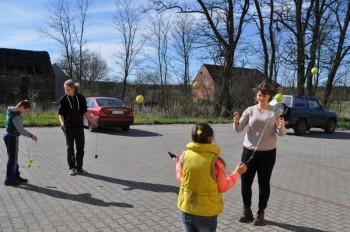 Miniatura zdjęcia: 16.04.2015 Aktywizacja świetlic wiejskich - zajęcia z instruktorami - Grabków_dsc_0090.jpg