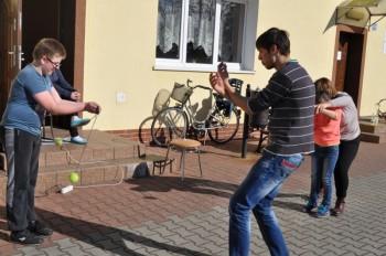 Miniatura zdjęcia: 16.04.2015 Aktywizacja świetlic wiejskich - zajęcia z instruktorami - Grabków_dsc_0099.jpg