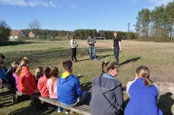 Miniatura zdjęcia: 16.04.2015 Aktywizacja świetlic wiejskich - zajęcia z instruktorami - Dąbrowa_dsc_0117.jpg