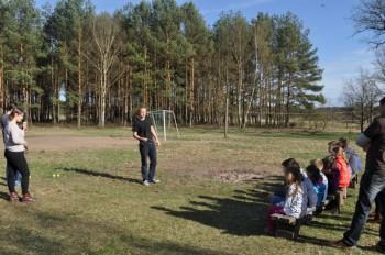 Miniatura zdjęcia: 16.04.2015 Aktywizacja świetlic wiejskich - zajęcia z instruktorami - Dąbrowa_dsc_0118.jpg