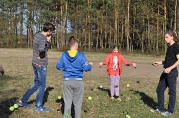 Miniatura zdjęcia: 16.04.2015 Aktywizacja świetlic wiejskich - zajęcia z instruktorami - Dąbrowa_dsc_0121.jpg
