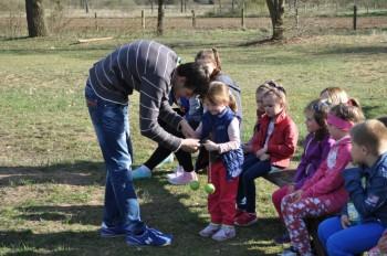 Miniatura zdjęcia: 16.04.2015 Aktywizacja świetlic wiejskich - zajęcia z instruktorami - Dąbrowa_dsc_0124.jpg