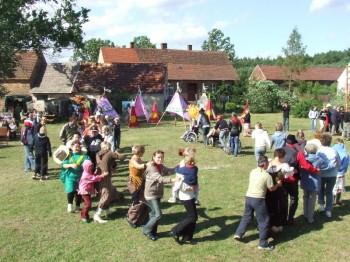 Miniatura zdjęcia: DZIECI EUROPY>Osiek City< 27.06.07_osiekDSCF627815.JPG