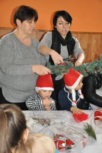 Miniatura zdjęcia: 5.12.2015 Mikołajki w Mokrej_DSC_0252.jpg