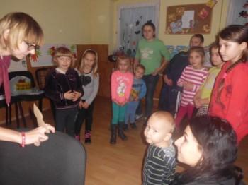 Miniatura zdjęcia: 20.11.2015 Białków - zajęcia z instruktorem LDK panią Wiktorią Jureczko_bialkow3.jpg