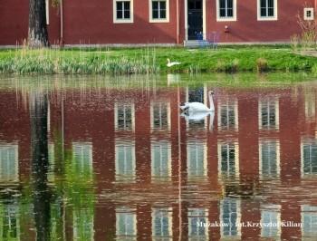 Miniatura zdjęcia: 02.11.-30.11.2015 Wystawa fotografii Krzysztofa Kiliana LUSTRZANE & ŚWIATŁO_061.jpg